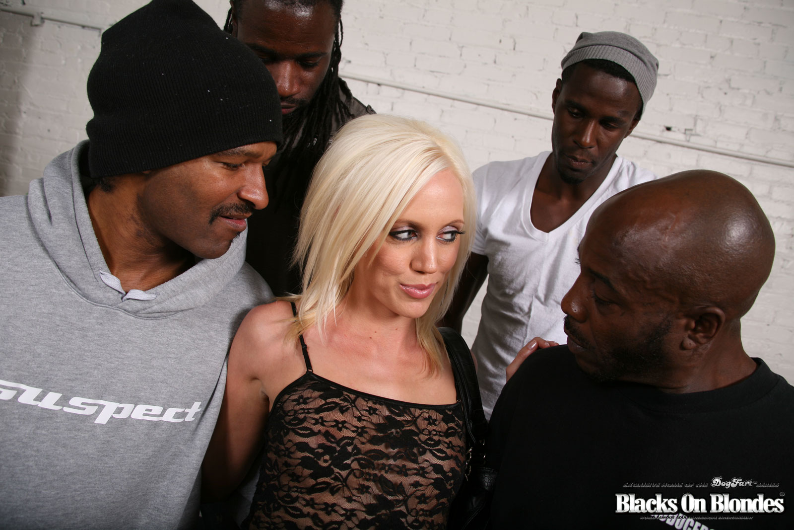 Blacks and blonde — photo 13